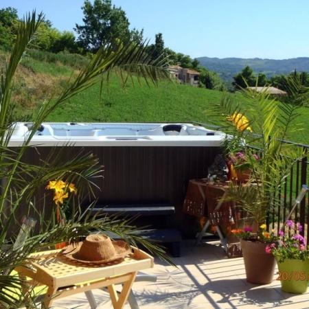 Piscines et spas toul 54 abris piscines accessoire for Accessoires piscine 54